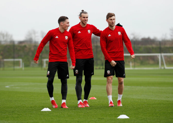 Gareth Bale Unaffected By Transfer Links To Manchester UnitedGareth Bale Unaffected By Transfer Links To Manchester United