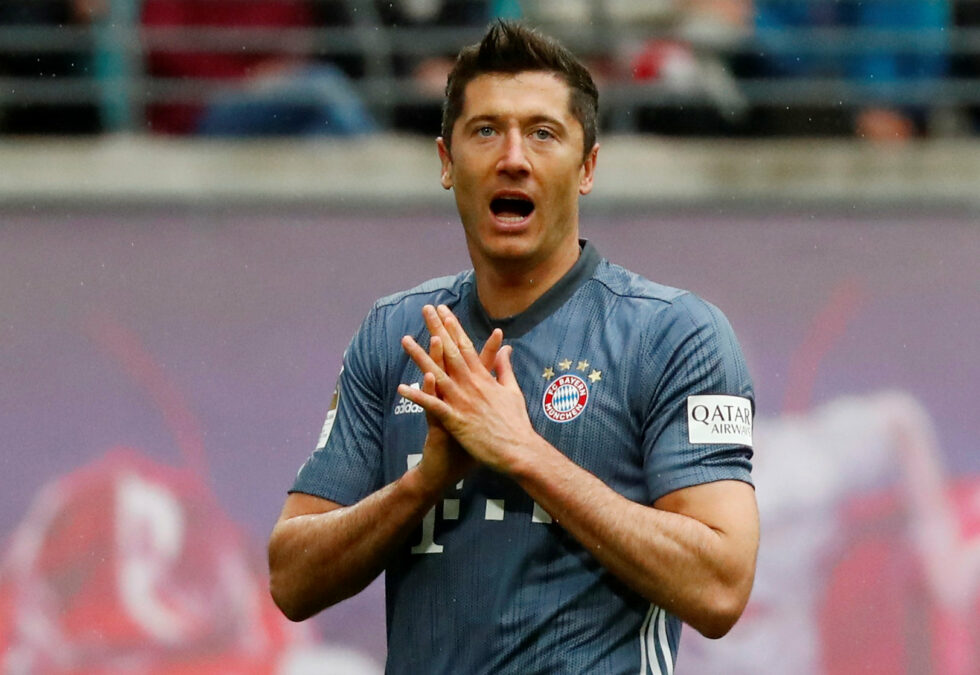 Top Five Strikers Manchester United Could Sign This Summer In 2019 Robert Lewandowski