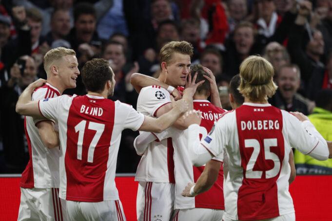 Manchester United Make Huge Offer To Ajax Defensive Rock