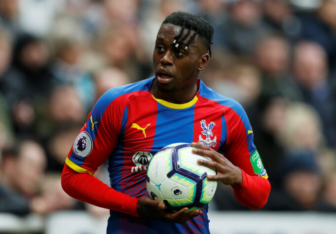 OFFICIAL: Manchester United Sign Aaron Wan-Bissaka For £50m
