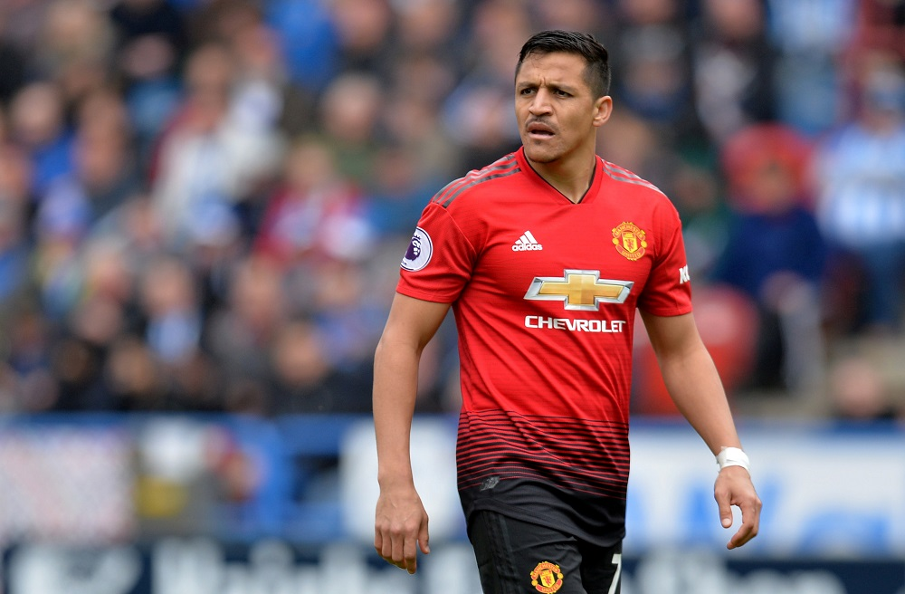 Manchester United hold talks with AS Roma over Alexis Sanchez