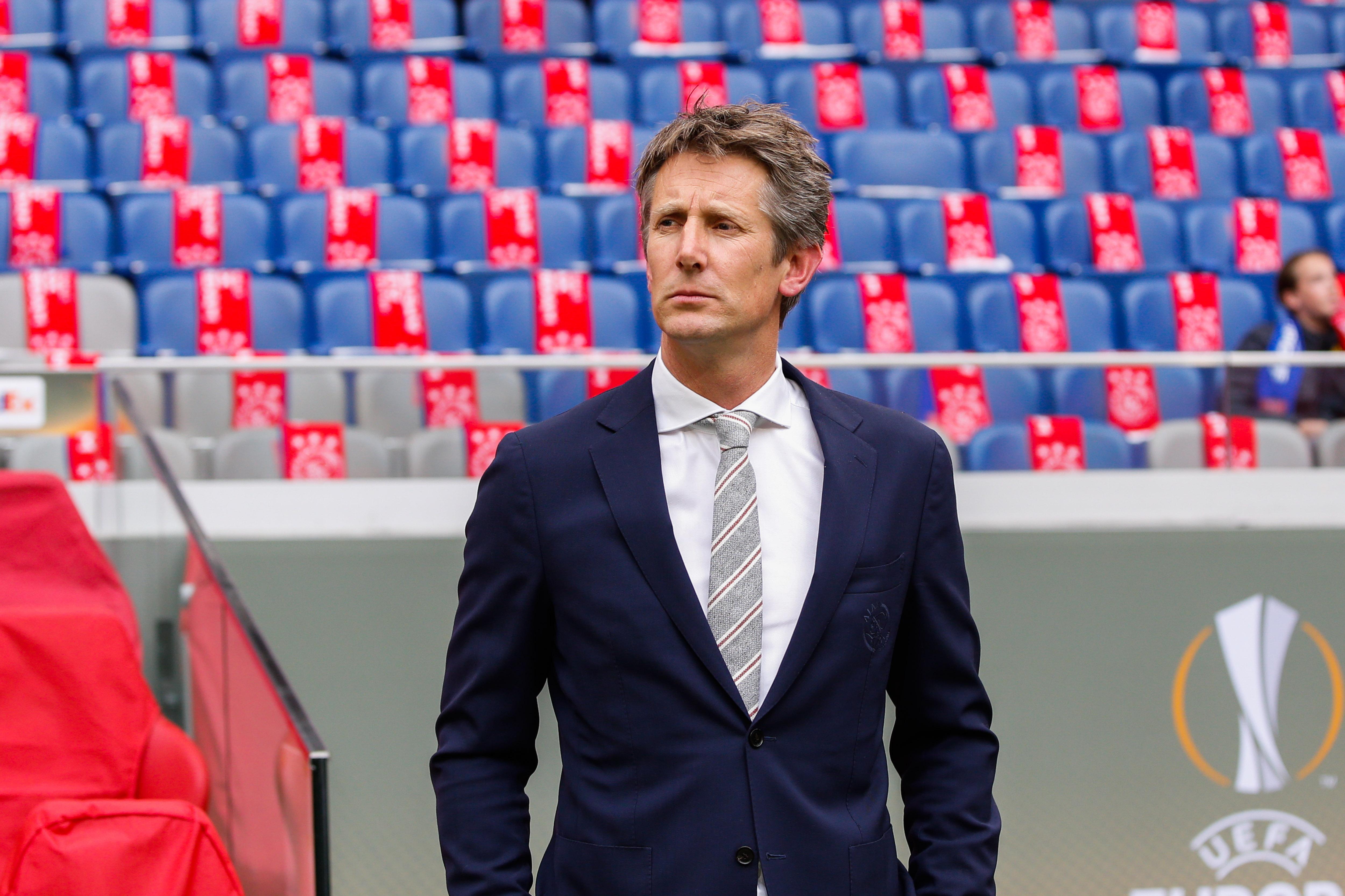 Van Der Sar responds to Manchester United return