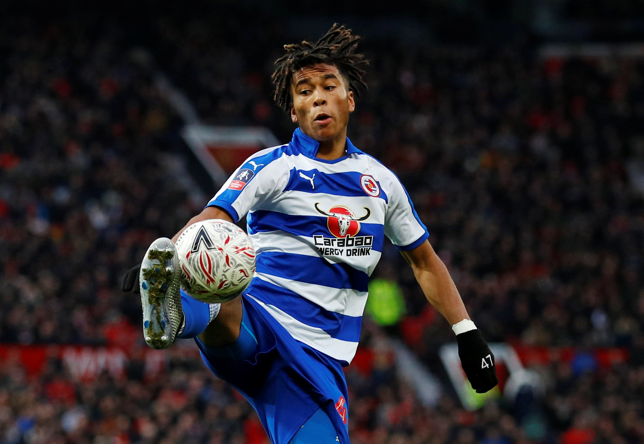Manchester United eye move for Reading youngster Danny Loader