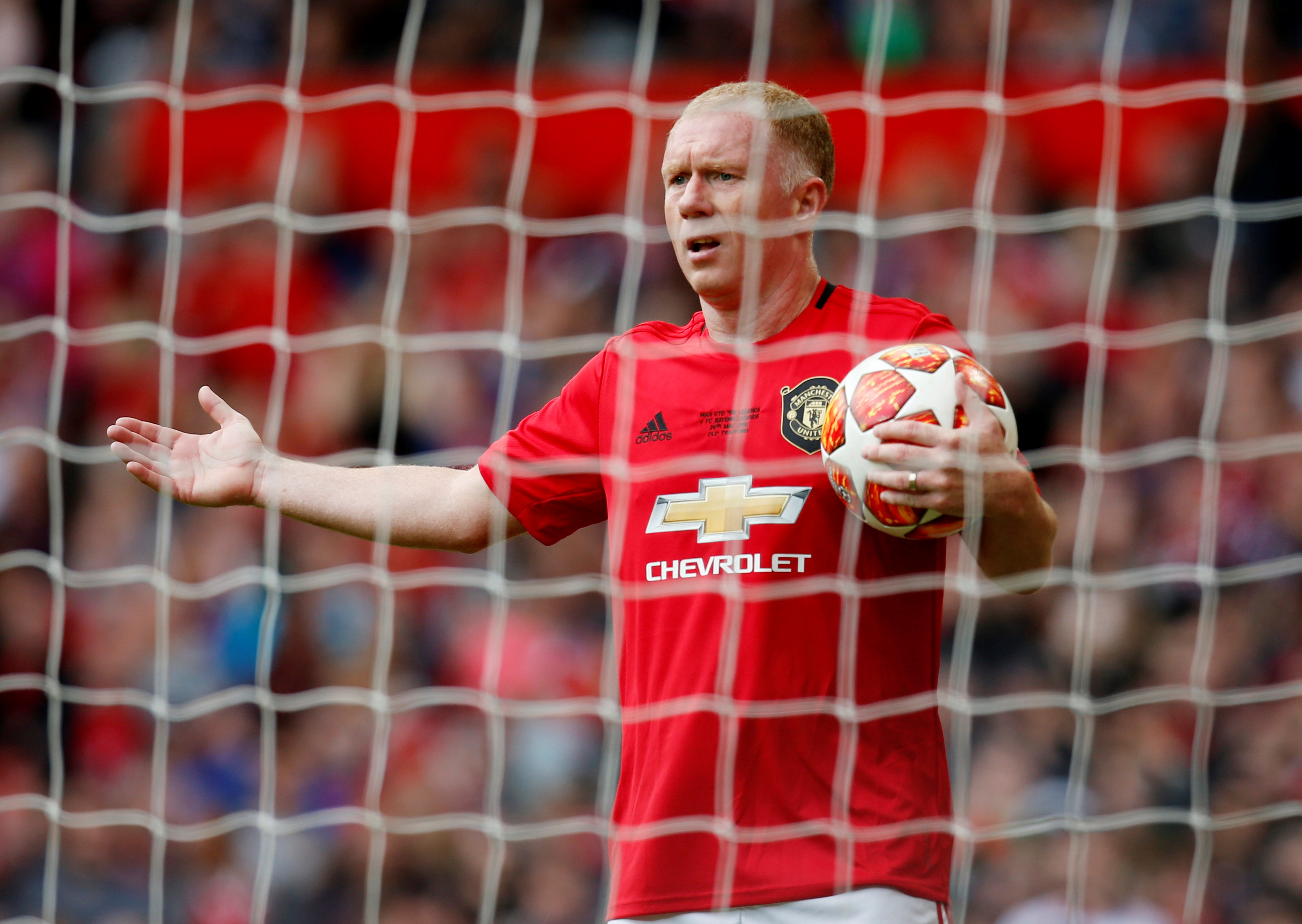 Scholes has a Christmas shopping list for United