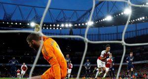 Charlie Nicholas predicts Manchester United vs Arsenal
