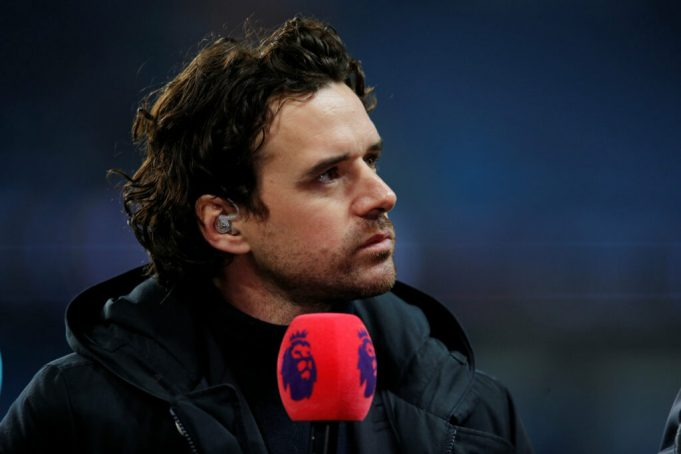 Hargreaves says Man United need three new signings