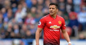 West Ham to bid for Manchester United player Alexis Sanchez