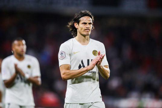 Edinson Cavani offers advice to Man United attacking trio