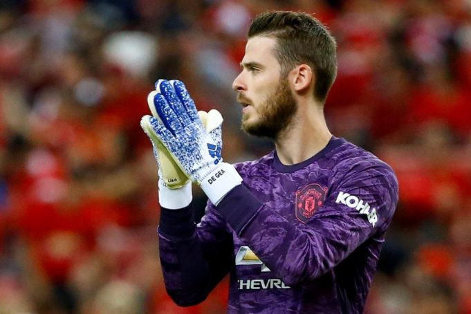 De Gea will leave United this summer claims Ferdinand